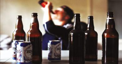 Atenție! Consumul de alcool poate favoriza apariția cancerului