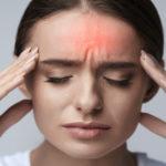 De ce femeile se confruntă cu migrene mai des decât bărbații?