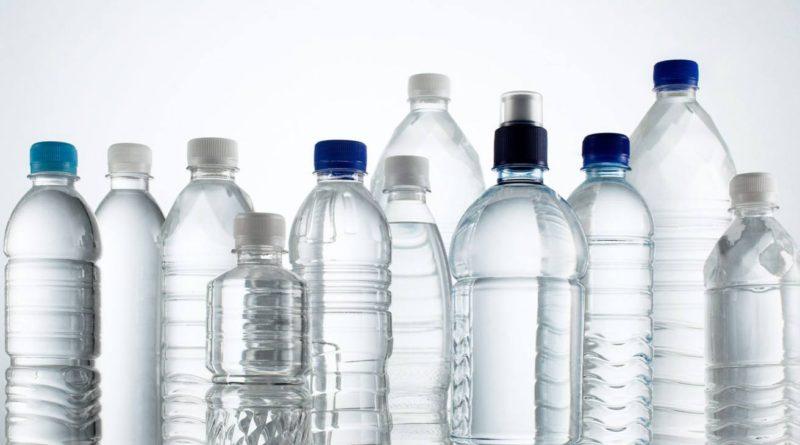 Otrava ascunsă din sticlele de plastic; studiu realizat în Texas