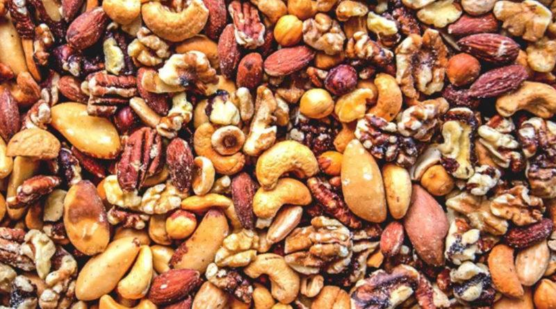 Iată ce beneficii poți avea dacă mănânci cele mai sănătoase tipuri de nuci!