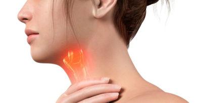 Atenție! Durerile persistente în gât pot fi un semn al cancerului laringian