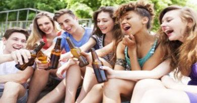 Inoxicația acută cu alcool la adolescenți și consecințele acesteia